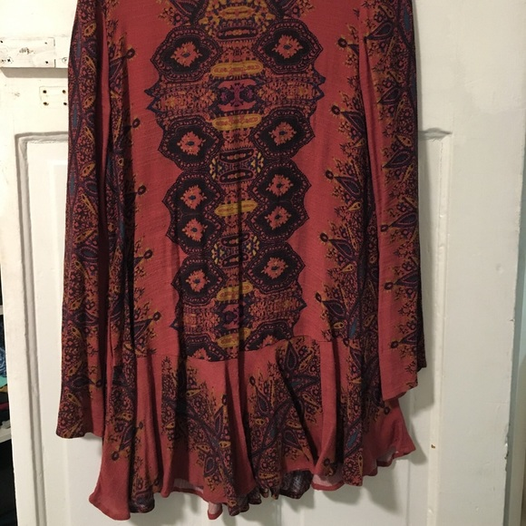 Free People Dresses & Skirts - Maroon long sleeve free people dress with cut out